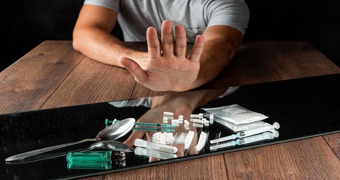 سبک های دلبستگی در مصرف کنندگان مواد و تاثیر آن