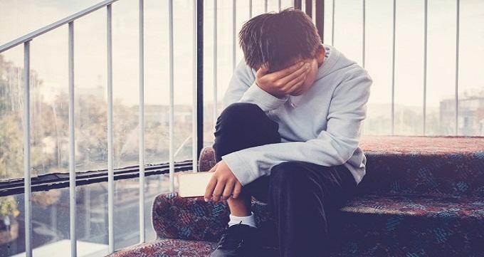 احساس تنهایی در مصرف کنندگان مواد چگونه است؟